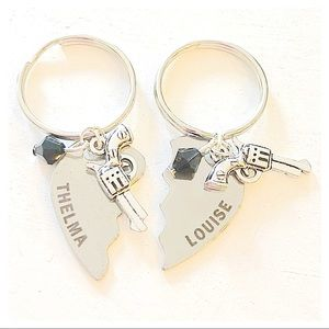 ✨3 for $30✨Thelma & Louise Set Silver Keychains